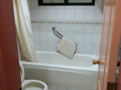 2 BR Bathroom
